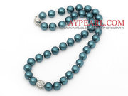 Round Blue and Green Color Seashell Beaded Knotted Necklace
